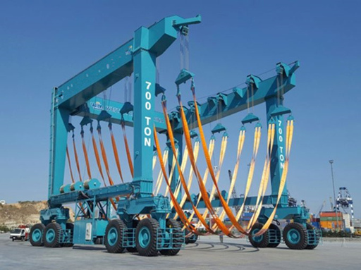 High Quality 700 Ton Travel Lift for Sale